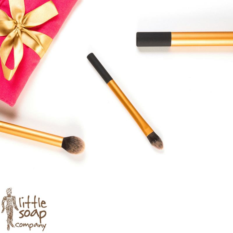 Christmas Countdown- All Natural Party Ready Makeup